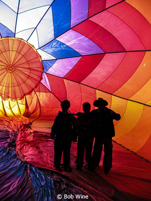 eoy-color-b_wine_bob_inside-a-ballon_third-place-1
