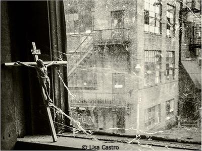 Lisa-Castro_Abandon-Find_April-Monochrome_Abandon-Find_Image-of-the-Month