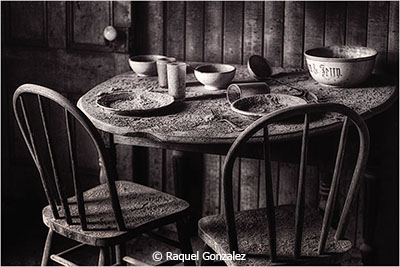 Raquel_Gonzalez_Breakfast Time_Honorable Mention_February Black and White_20180203