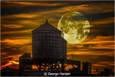 January-Altered-Reality_Hansen_George_SoHo-Sunset-Supermoon