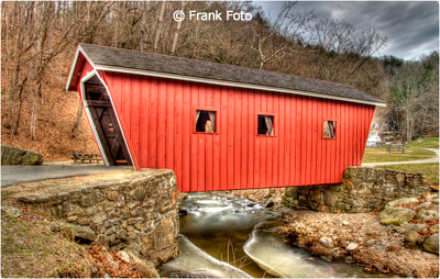 march_color_a_foto_frank_covered_bridge_in_vermont