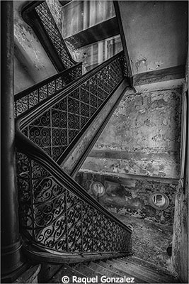 Raquel-Gonzalez_Old-Church-Stairs_March-Monochrome_Old-Church-Stairs_Honorable-Mention