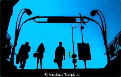 september-themesilhouettes_tompkins_anastasia_metro-paris