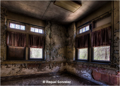september-theme-windows_gonzalez_raquel_pennhurst-windows